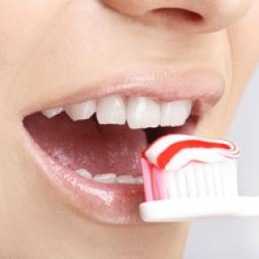 Cum ne spalam corect pe dinti – VEZI VIDEO